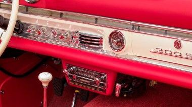 1961-Mercedez-Benz-300-SL-Roadster-White-024