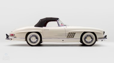1961-Mercedez-Benz-300-SL-Roadster-White_002