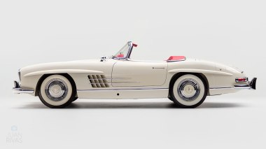1961-Mercedez-Benz-300-SL-Roadster-White_005