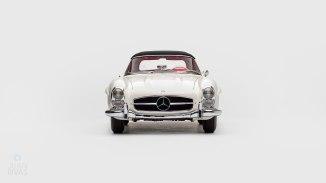 1961-Mercedez-Benz-300-SL-Roadster-White_006