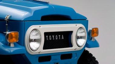 1974-Toyota-Land-Cruiser-FJ45-SkyBlue-FJ45-83469-Studio_007