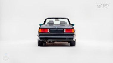 1991-BMW-M3-Black-Cabriolet-WBSBB05090EB86423-Studio_004