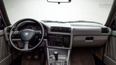 1991-BMW-M3-Black-Cabriolet-WBSBB05090EB86423-Studio_023