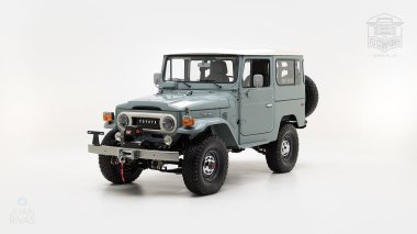 The-FJ-Company-1983-FJ40-Land-Cruiser---Heath-Gray-361638---Studio_007-copy