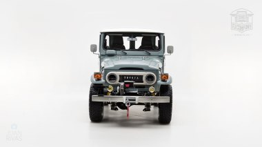 The-FJ-Company-1983-FJ40-Land-Cruiser---Heath-Gray-361638---Studio_008-copy
