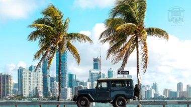 The-FJ-Company-1984-FJ43-Land-Cruiser---Venetian-Blue-113295---Lifestyle_013