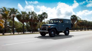 The-FJ-Company-1984-FJ43-Land-Cruiser---Venetian-Blue-113295---Lifestyle_024
