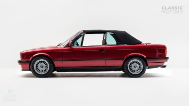 1992-BWM-325i-Cabriolet-Red-WBABB1314NEC05361-Studio-004-copia