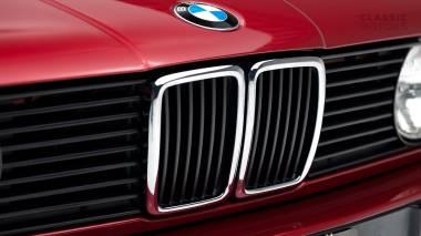 1992-BWM-325i-Cabriolet-Red-WBABB1314NEC05361-Studio-008