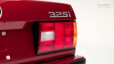 1992-BWM-325i-Cabriolet-Red-WBABB1314NEC05361-Studio-011