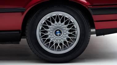 1992-BWM-325i-Cabriolet-Red-WBABB1314NEC05361-Studio-015