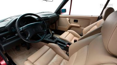 1992-BWM-325i-Cabriolet-Red-WBABB1314NEC05361-Studio-019