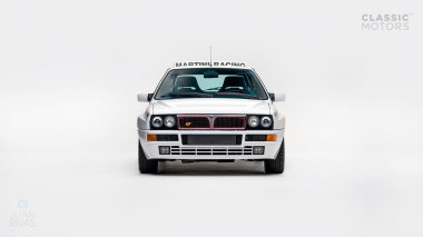 1992-Lancia-Delta-Integrale-White-Martini-Livery-ZLA31AB000580642-Studio-006