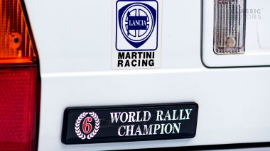 1992-Lancia-Delta-Integrale-White-Martini-Livery-ZLA31AB000580642-Studio-024