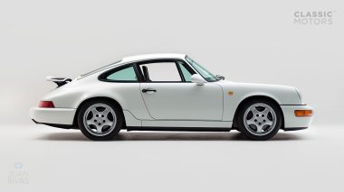 1992-Porsche-964-RS-Grand-Prix-White-491080-Studio-003
