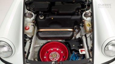 1992-Porsche-964-RS-Grand-Prix-White-491080-Studio-037