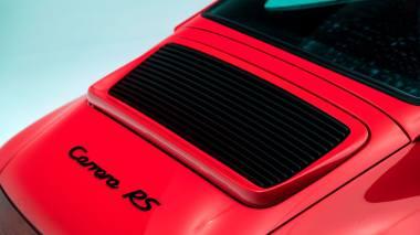 Classic-Motors-1991-Porsche-964-Carrera-RS-Coupe-WP0ZZZ96ZNS490280-Guards-Red-Studio_017