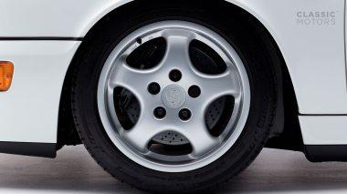 Classic-Motors--1992-Porsche-964-Carrera-RS-White-WP0ZZZ96ZNS490871-Studio_018