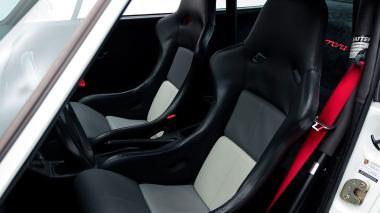 Classic-Motors--1992-Porsche-964-Carrera-RS-White-WP0ZZZ96ZNS490871-Studio_025