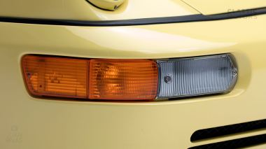 Straat-Automobile-1992-Porsche-964-RS---Limone-Yellow-WPOZZZ96ZN490974-Studio-016