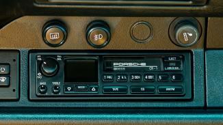 1995-Porsche-993-Carrera-4-Red-WP0AA2990SS323342-Outdoors_014