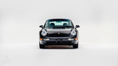 1995-Porsche-993-Carrera-Black-Studio_006
