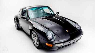 1995-Porsche-993-Carrera-Black-Studio_007