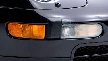 1995-Porsche-993-Carrera-Black-Studio_019