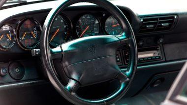 1995-Porsche-993-Carrera-Black-Studio_035