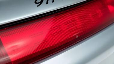 1995-Porsche-993-GT-2-Silver-WP0ZZZ997T5392166-Studio-017