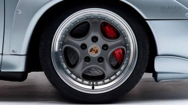 1995-Porsche-993-GT-2-Silver-WP0ZZZ997T5392166-Studio-019
