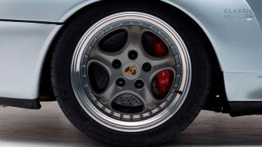 1995-Porsche-993-GT-2-Silver-WP0ZZZ997T5392166-Studio-020