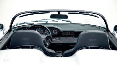Straat-Automobile-1994-Porsche-964---Speedster-Polar-Silver-WPOCB2963RS465352--Studio_026
