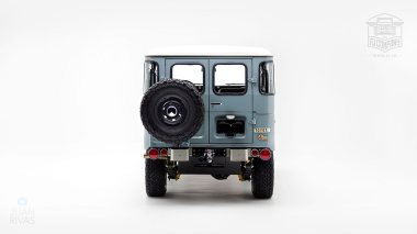 The-FJ-Company-1974-FJ40-151766-Heath-Gray-Studio_004