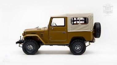The-FJ-Company-1978-FJ40-Land-Cruiser---Olive-271607-Studio_009