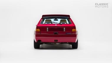 1995-Lancia-Delta-Integrale-HF-ZLA831AB000586062-Burgundy-Studio_004