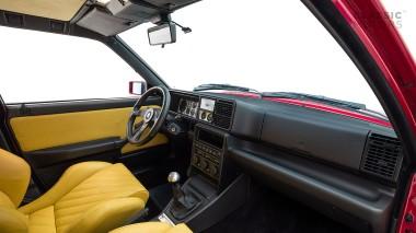 1995-Lancia-Delta-Integrale-HF-ZLA831AB000586062-Burgundy-Studio_010