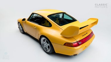 1995-Porsche-993-RS-Yellow-RS-WP0ZZZ99ZTS390331-Studio-8